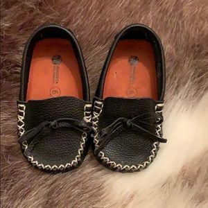 Toddlers size 6 leather loafers